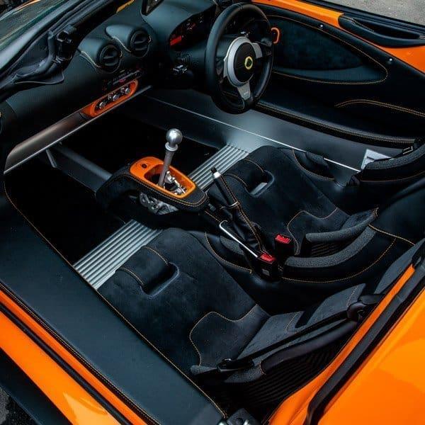 Lotus Elise driver and passenger seat interior view