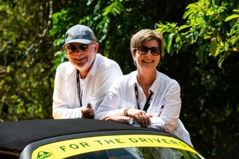 What is the best car for a Targa Rally in Australia with husband and wife enjoying the event of